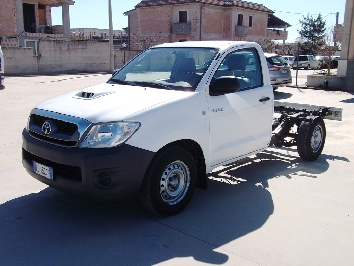 Toyota Hilux 2.5 d4d Chassis 2 Posti 2wd