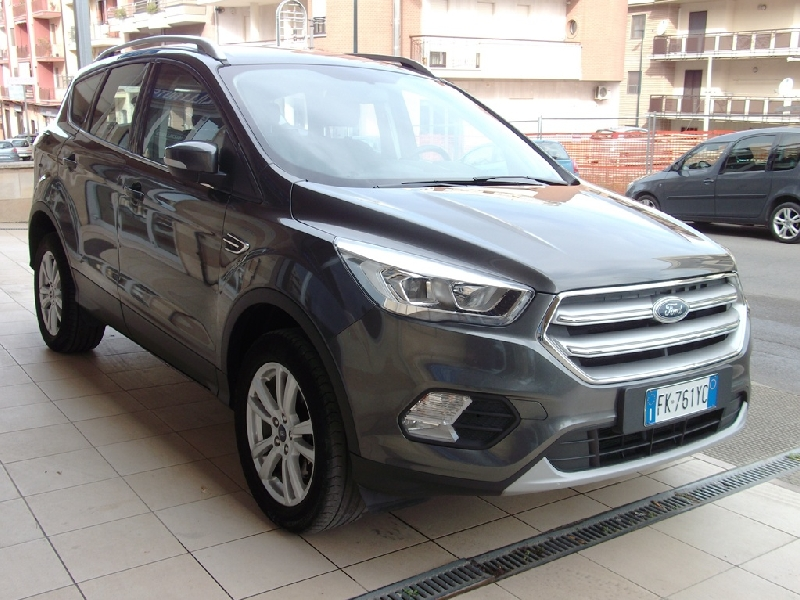 Ford Kuga 1.5 tdci 120cv 2wd Business